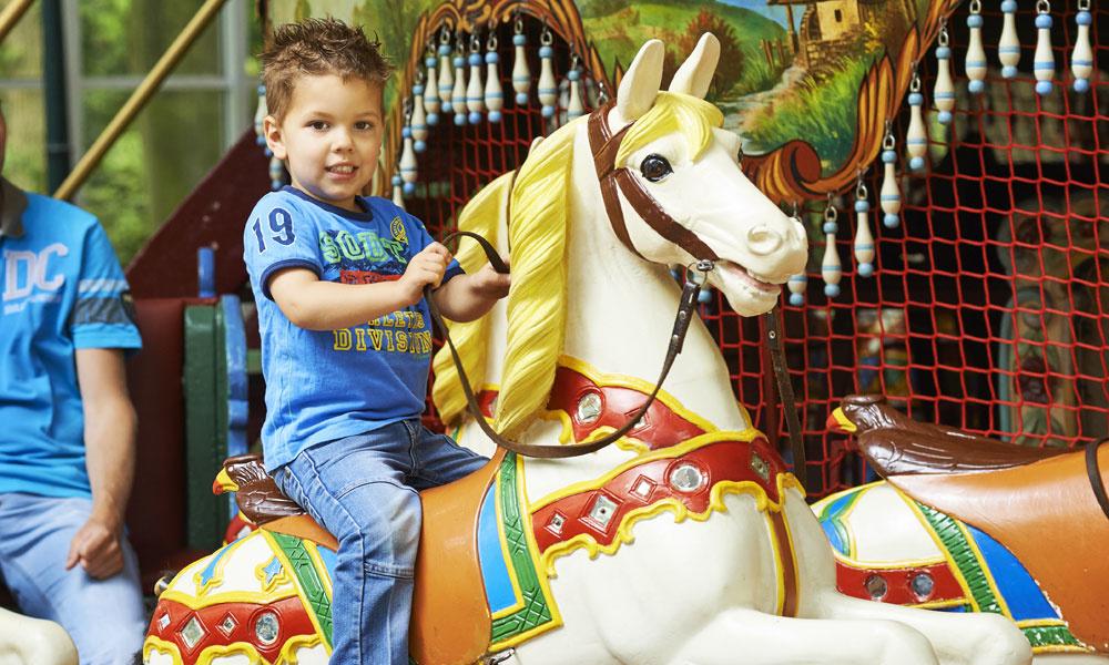 kids carrousel duinrell